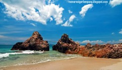 Pantai Marina dengan panorama yang Menawan