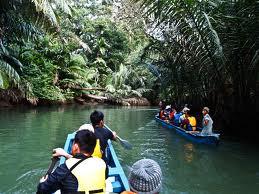 Naik Perahu di Ujung Kulon