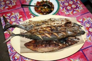 ikan bakar salah satu kuliner pulau tidung