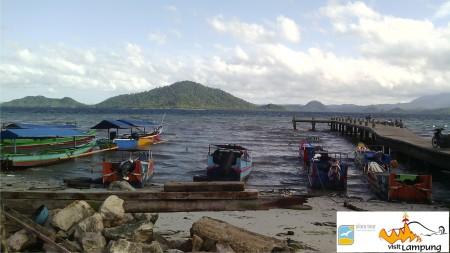 Dermaga Ketapang Lampung