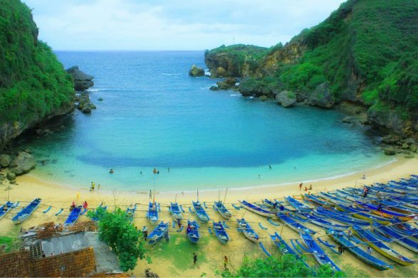 ngrenehan beach, pantai ngrenehan, indah is beauty