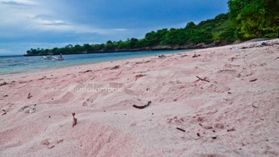 pantai-tangsi-lombok-timur