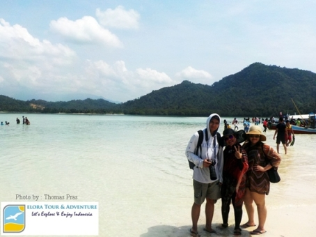 Pemandangan Pulau Pahawang Kecil eloratour