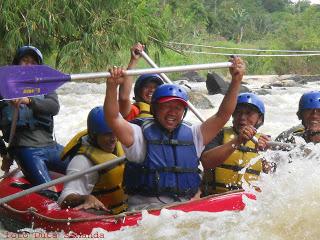 Bupati Lampung Barat Mencicipi Rafting di Way Besai