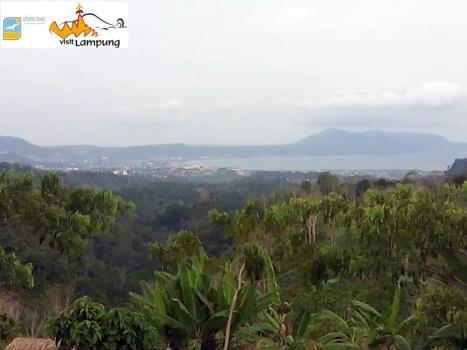 View Kota Bandar Lampung dari Parkiran