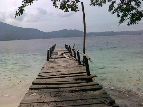 Dermaga Pulau Condong