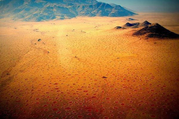 Lingkaran Peri di Namibia 1