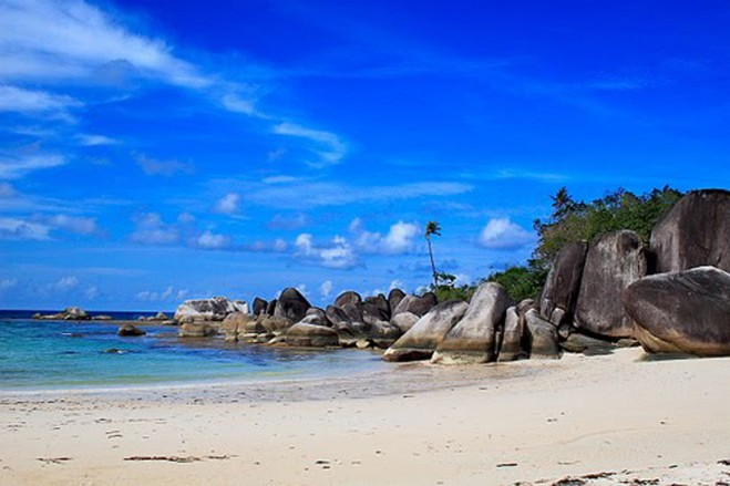 Bangka Indonesia  City new picture : Pasir Padi Beach, Where You can Feel The Grain of the Rice Under Your ...