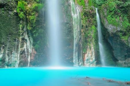 Tempat Wisata Menawan Sumatera Utara Air Terjun Dua Warna Sibolangit