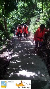 Pendakian bukit