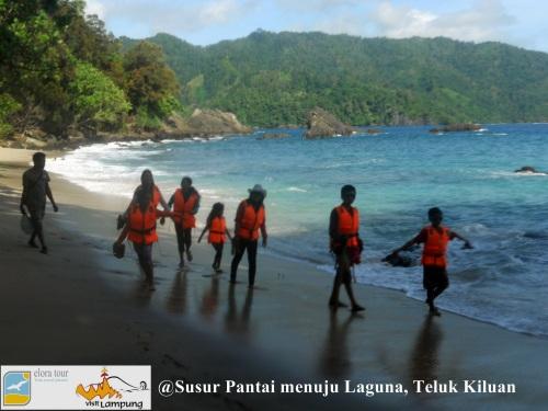 Susur Pantai menuju Laguna
