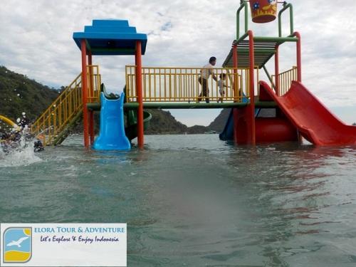 Pantai Sari Ringgung - Permainan anak