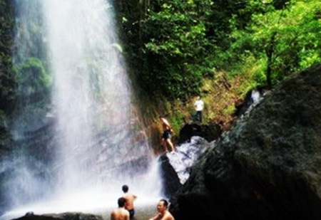 Air Terjun Tujuh Tingkat Batang Koban Riau