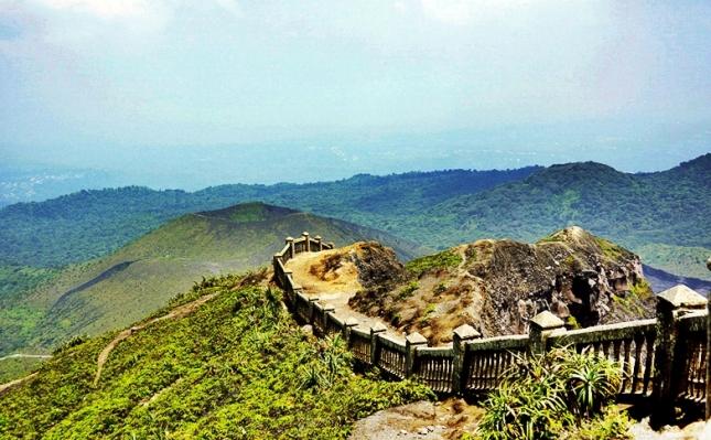Bukit Kaba Bengkulu eloratour