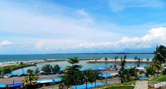 Pantai Tapak Paderi Bengkulu eloratour