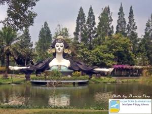 Taman Angsa eloratour