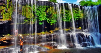 Air Terjun Temam Lubuk Linggau Sumatera Selatan eloratour
