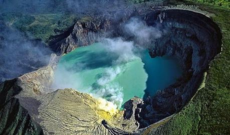 Danau Kawah Ijen Jawa Timur eloratour
