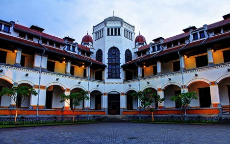 Lawang Sewu Semarang eloratour