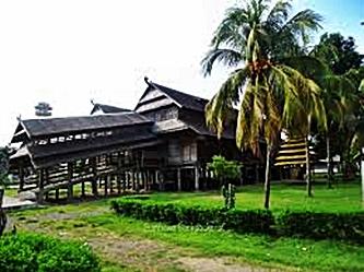 Dalam Soka Sumbawa eloratour