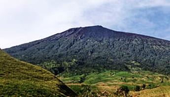 Gunung Rinjani eloratour