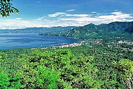 Taman Wisata Alam Gunung Meja Papua Barat eloratour