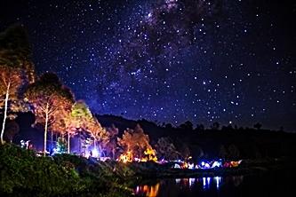 Taburan Bintang di Langit Dieng eloratour
