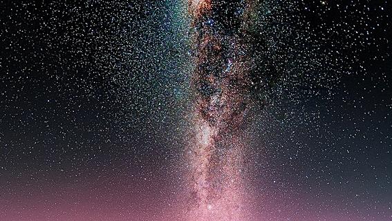 Taburan Bintang di Langit Gunung Bromo eloratour