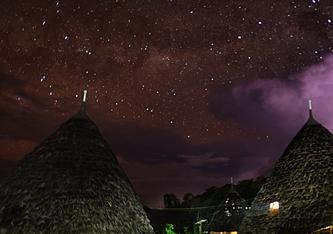 Taburan Bintang di Langit Wae Rebo eloratour