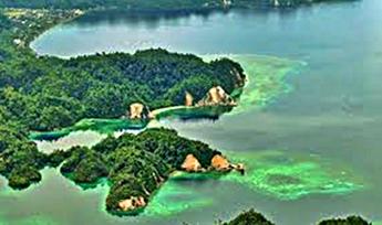 pulau-rumberpon-di-papua-eloratour
