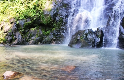 Kolam Air Terjun Klawas Indah Lampung Utara