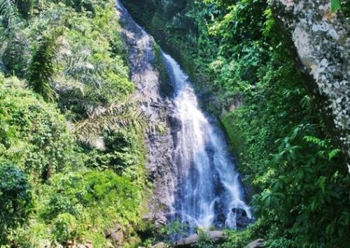 Curup Klawas Indah di Lampung Utara