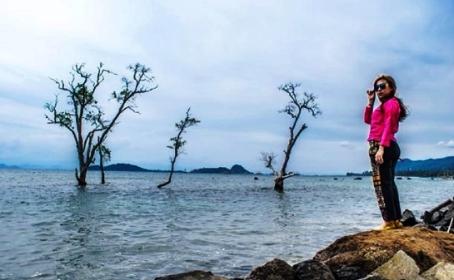 Pantai Sebalang Tarahan Lampung Selatan