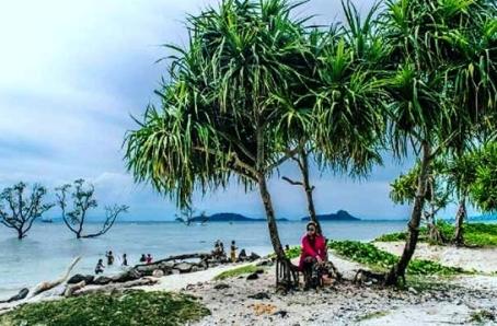 Pantai Sebalang Lampung Selatan
