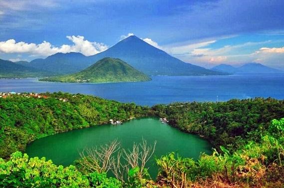 Tempat Wisata di Maluku Utara, Pulau Halmahera
