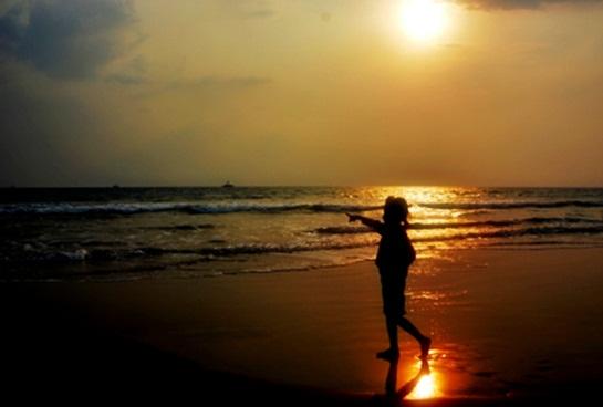 sunset-pantai-way-urang-yang-menawan