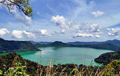 danau-sano-nggoang-blog-wisata-indonesia