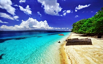 pantai-liang-maluku-blog-wisata-indonesia