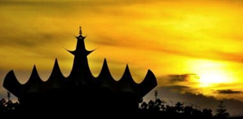 foto-sunset-menara-siger-lampung