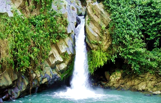 air-terjun-way-lalaan-1-tanggamus