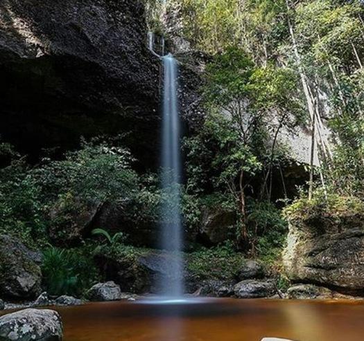 air-terjun-bawin-kameloh-gunung-mas-kalimantan-tengah-eloratour